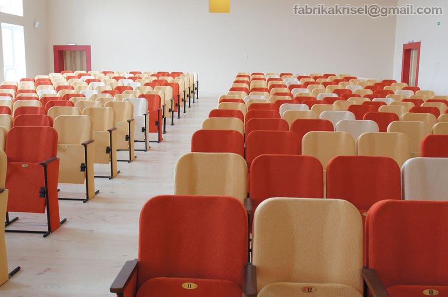Донецька середня школа №63, актова зала(Image)